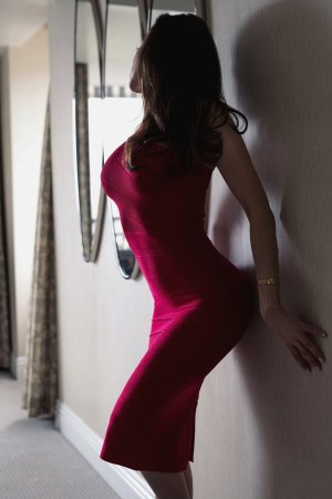 Imene erotic massage in Aberdeen