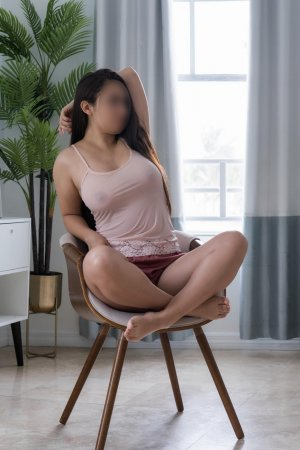 Celena happy ending massage