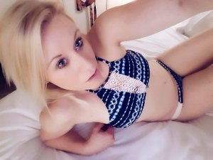 Vincine live escort in Gilbert Arizona